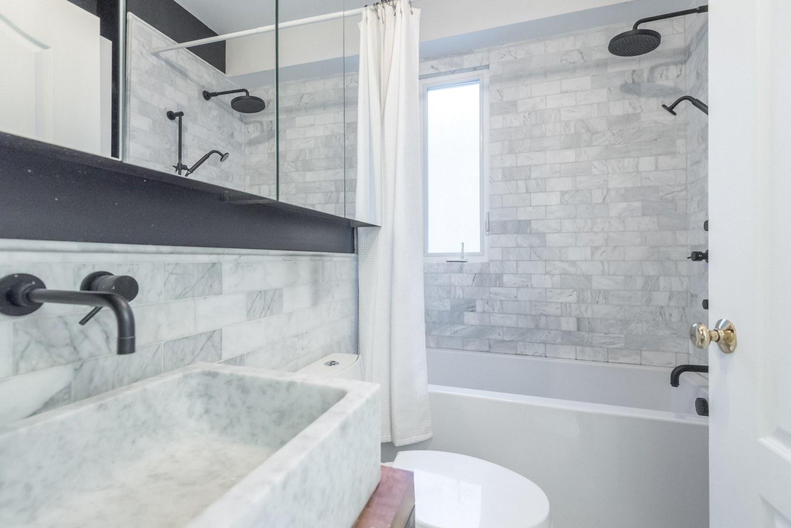 Meghan Markle celebrity bathroom
