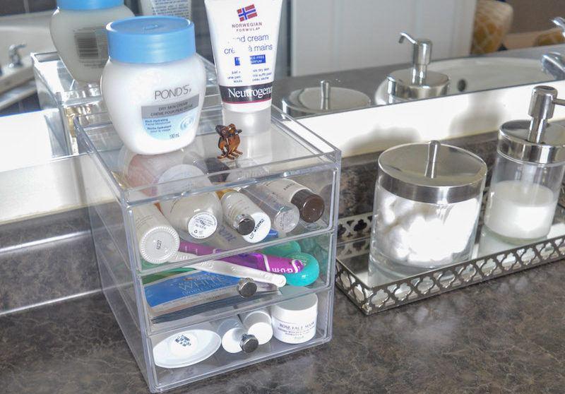 kashmiri foodie clean organized bathroom daily essentials