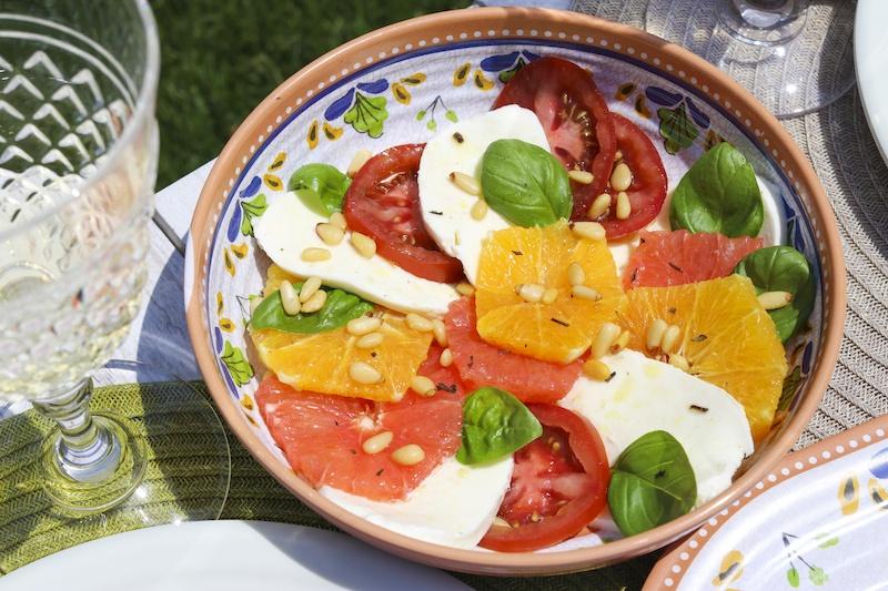caprese-salad-easy