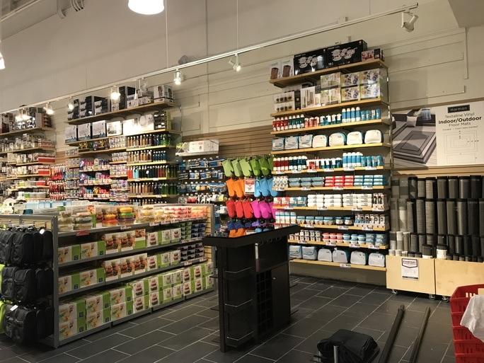 vaughan mills pop up store