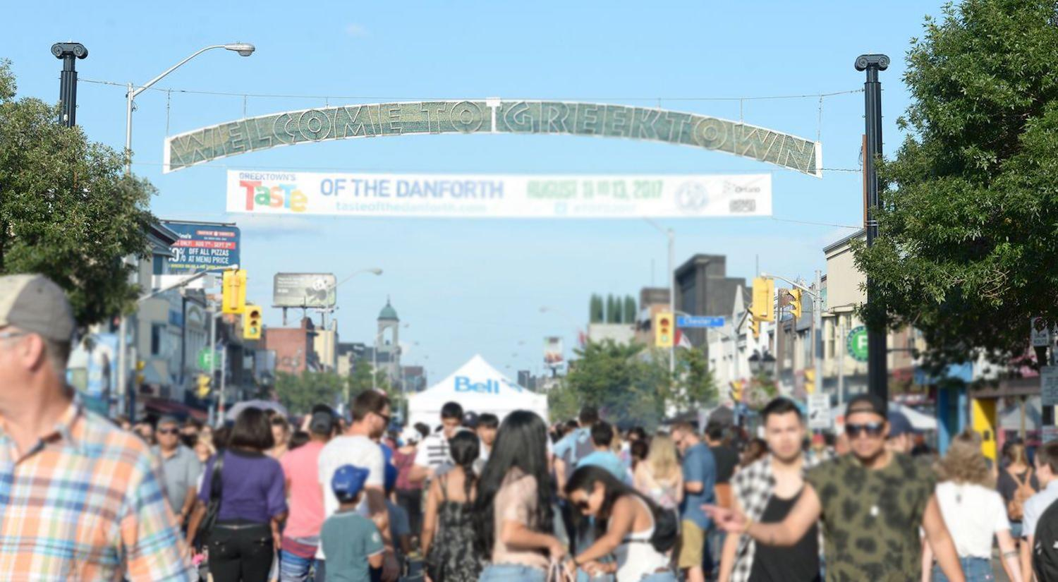 Taste-of-the-Danforth-2017-Yvano_-122_preview