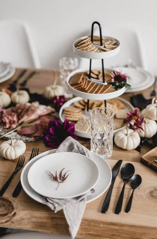 Pink Thanksgiving tablescape
