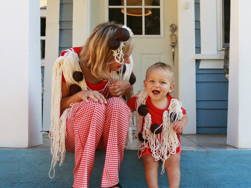 spaghetti and meatballs costume mom and baby