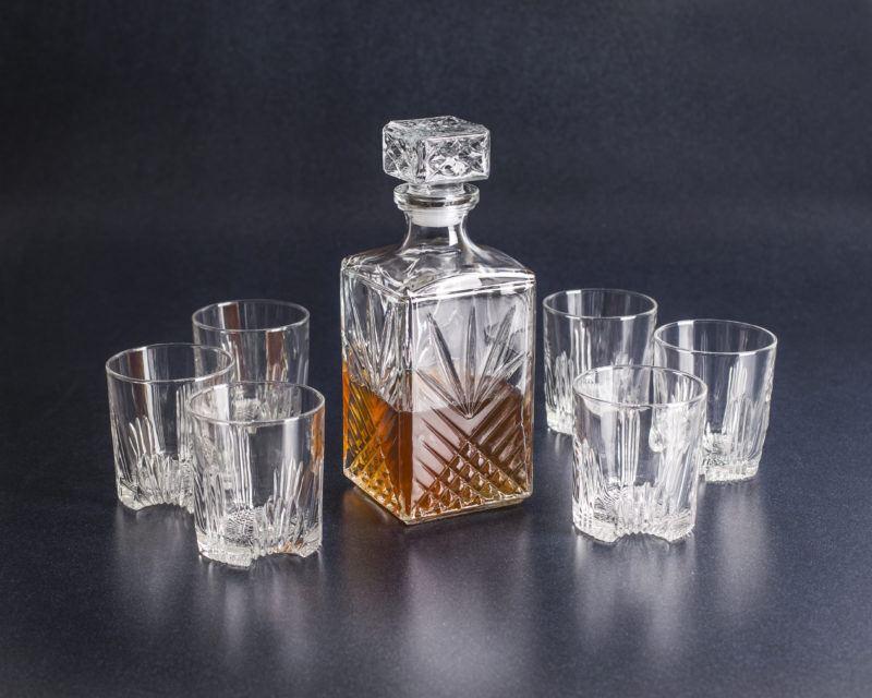 whiskey set gg gift guide