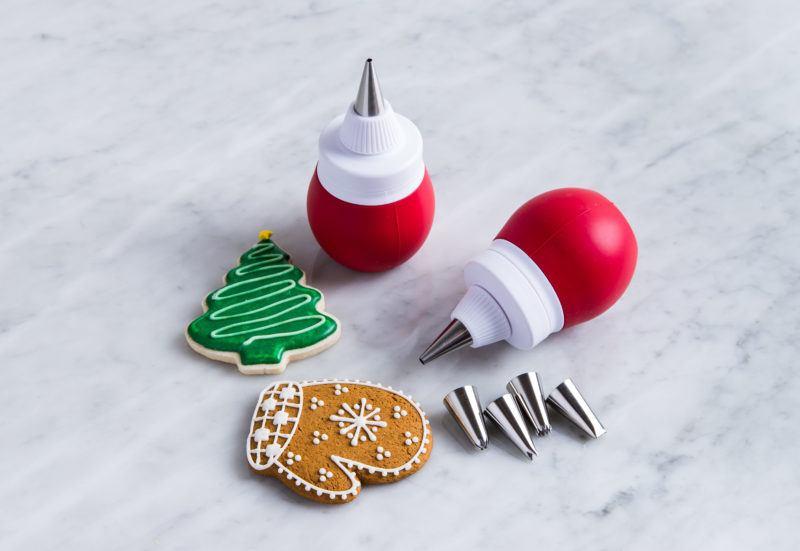 cupcake decorating set, gg gift guide