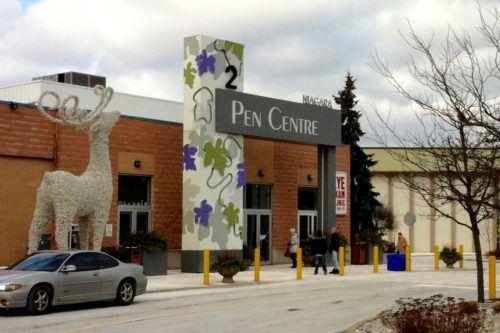 The_Pen_Centre_shopping_mall