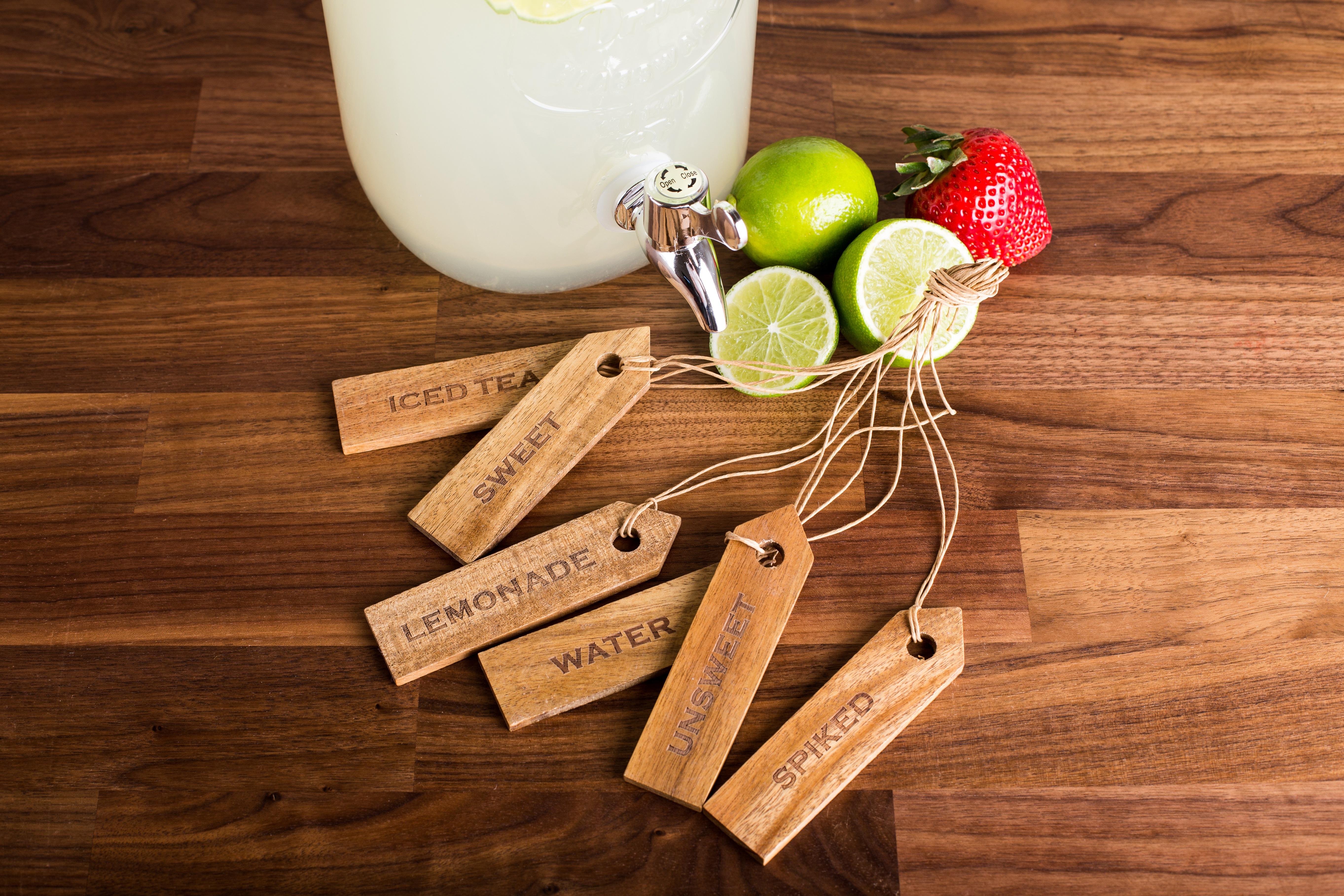 acacia drink tags with different drink labels