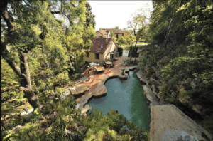 katy perry backyard with lagoon pool