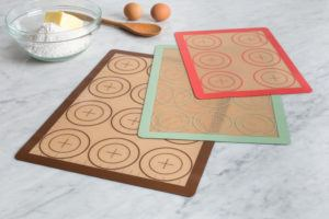 3 silicone baking sheets