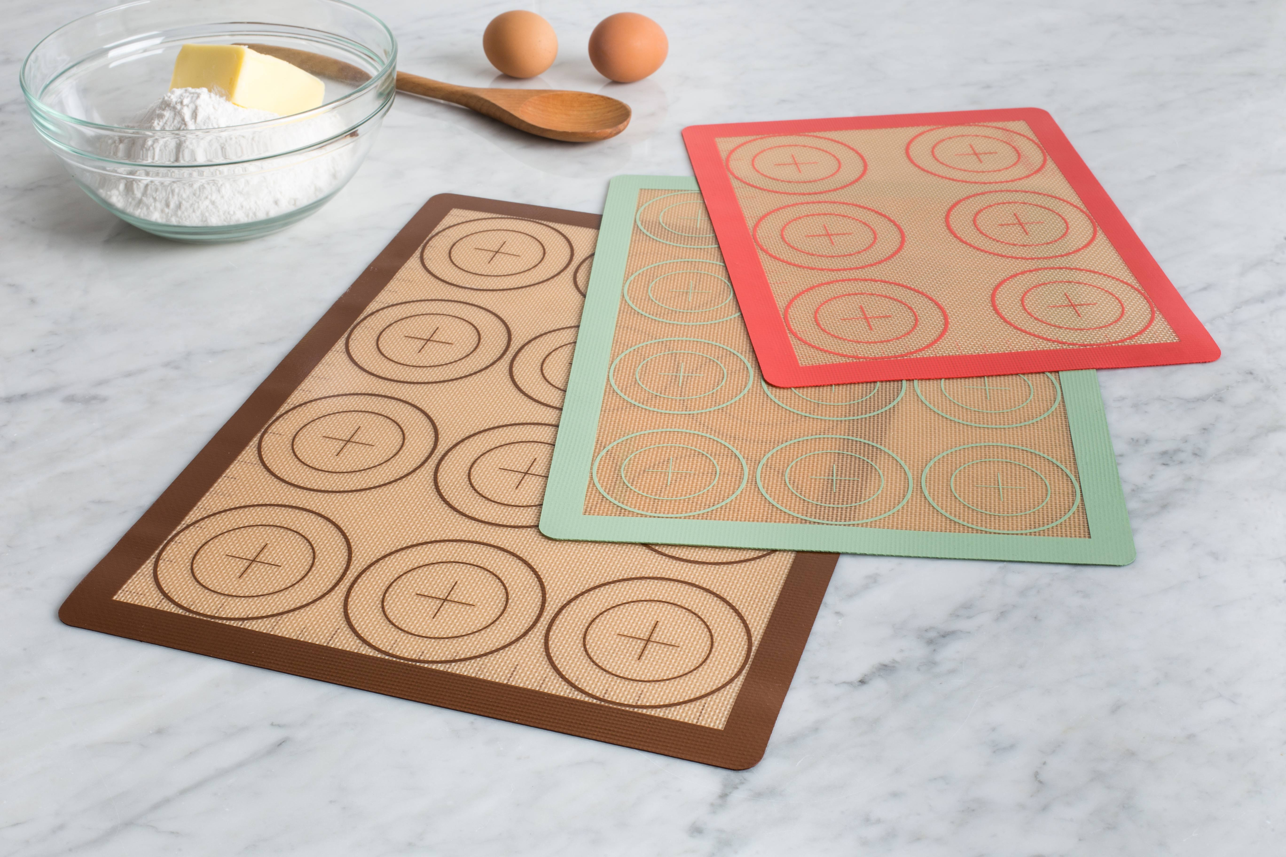 3 silicone baking sheets
