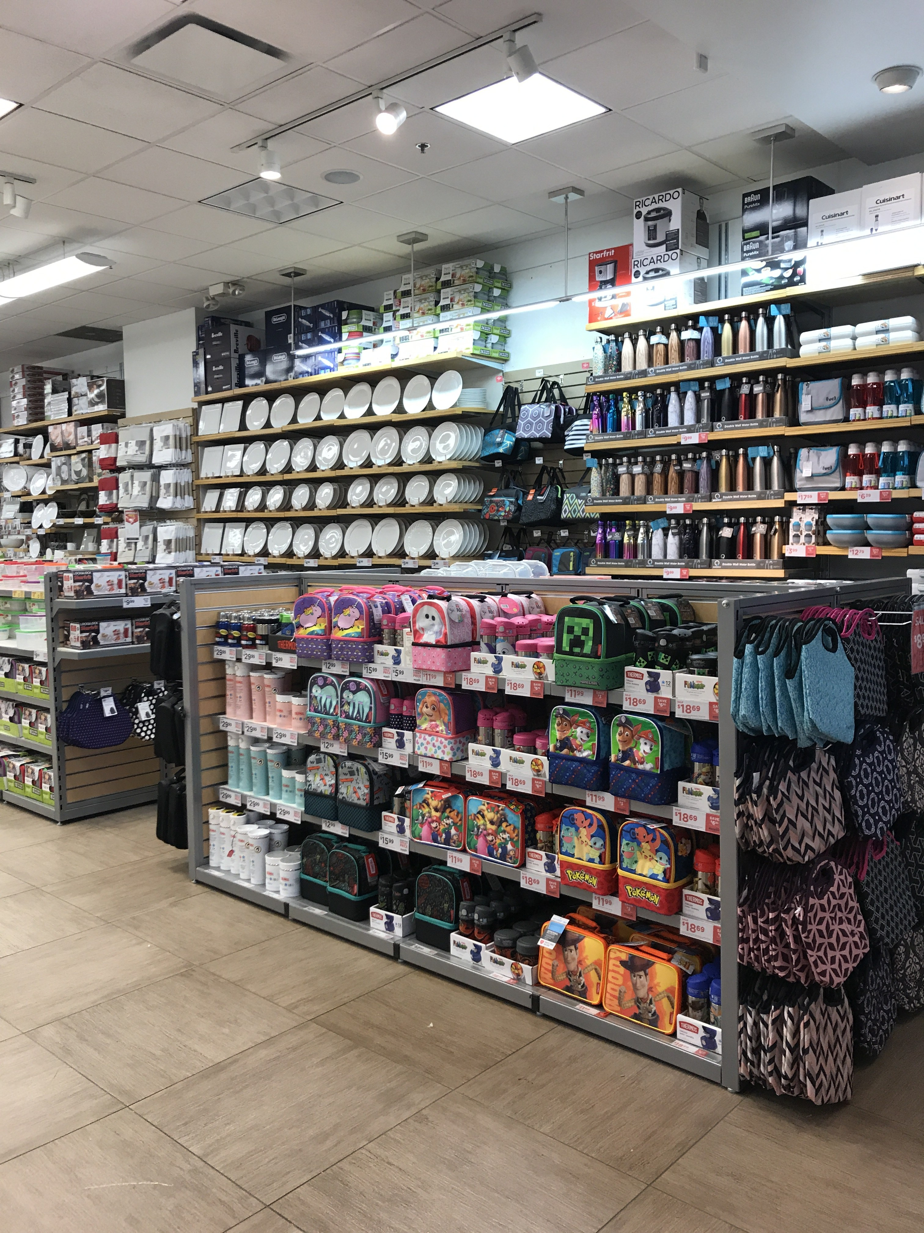 inside of kitchen stuff plus in scarborough town centre