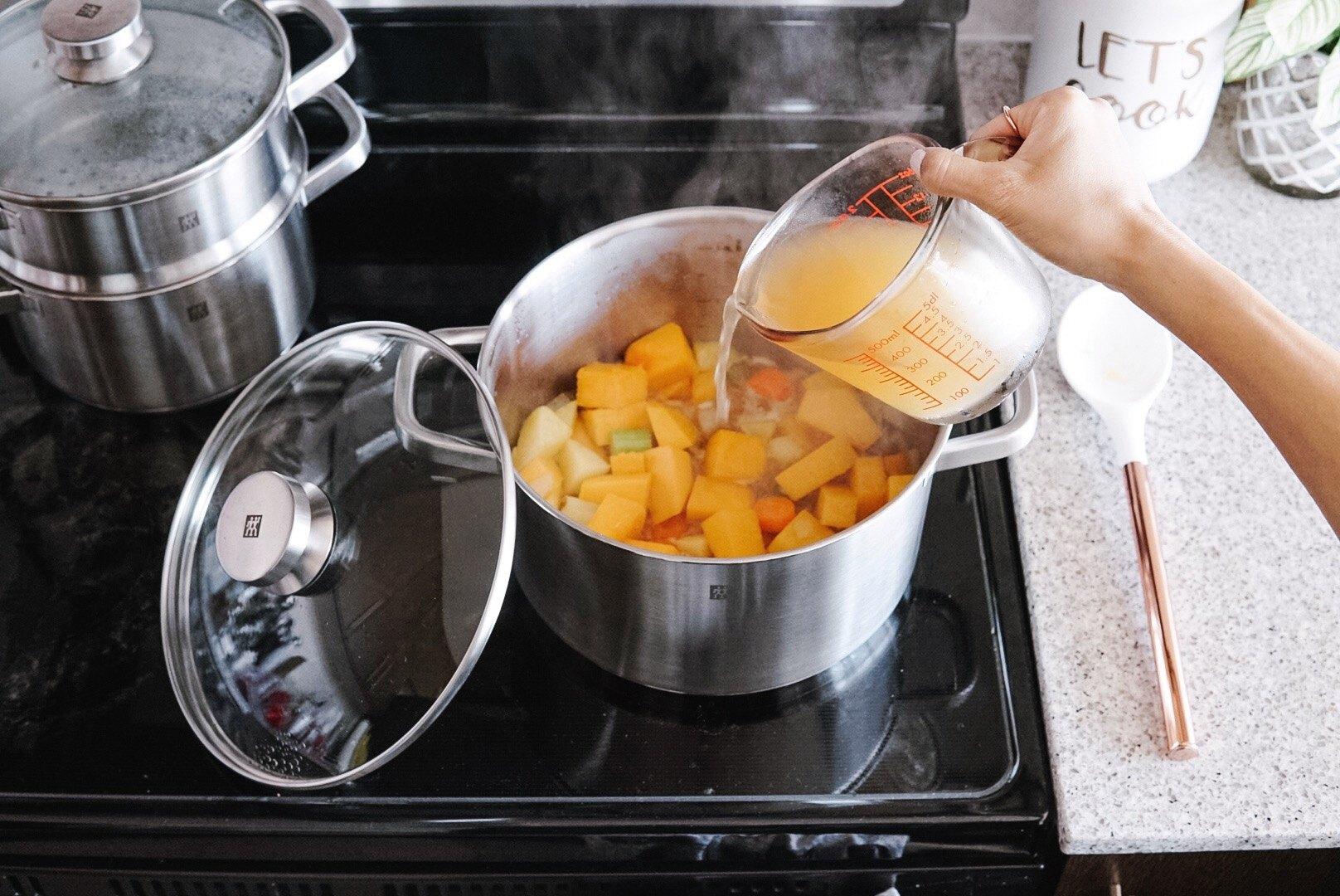 making butternut squash soup in 6L stock pot