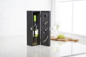 Wooden wine box set