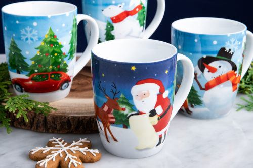 Santa themed mug set