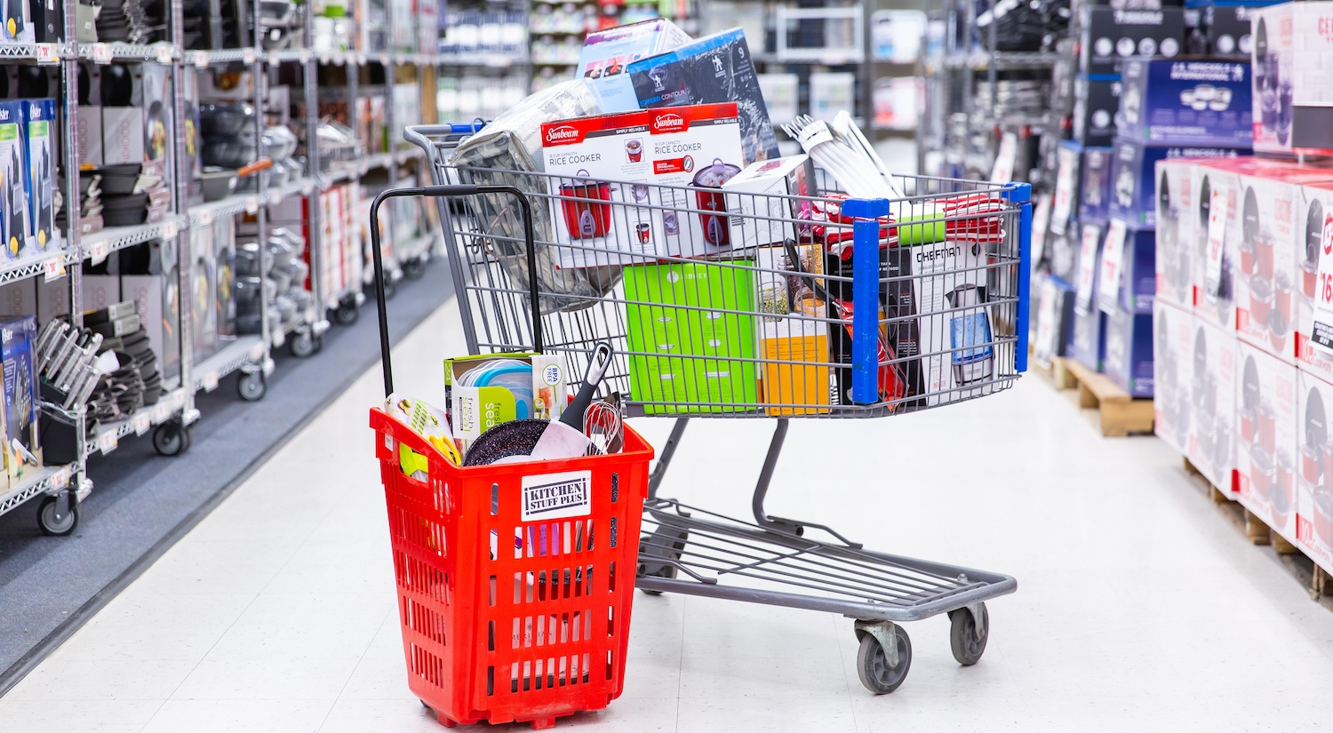warehouse sale - shopping carts