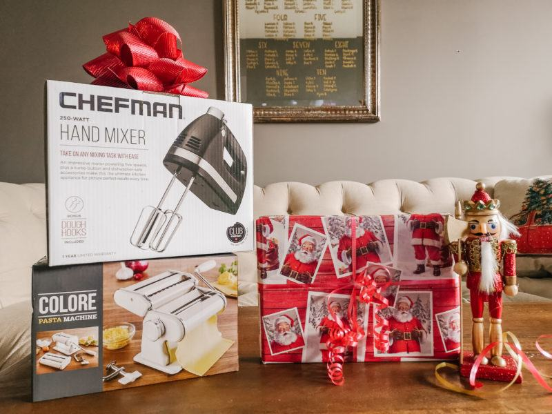The Ultimate Gift Guide for Foodies - hand mixer and pasta maker