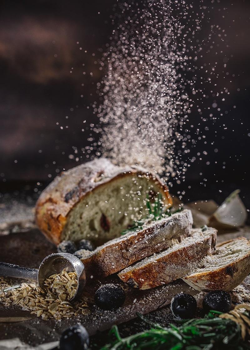 Yeast-free olive bread
