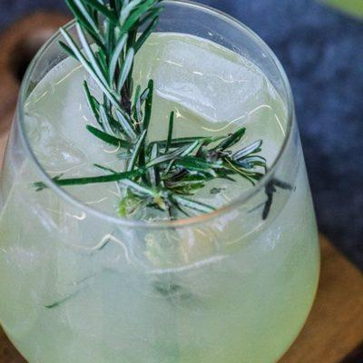 Rosemary Sparkling Drink